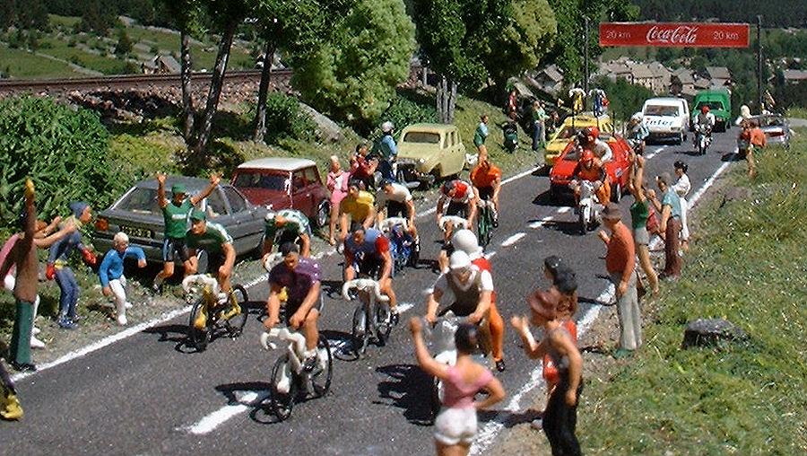 Tour De France Orange